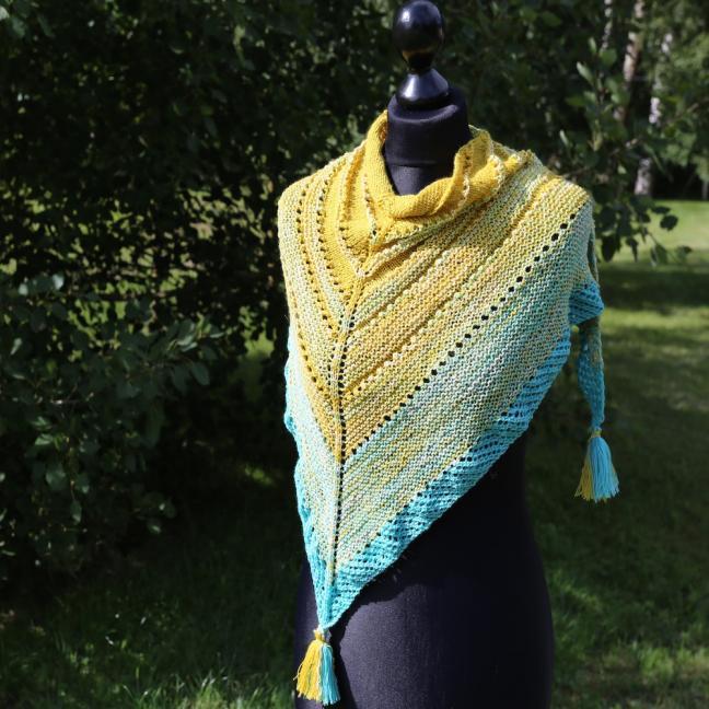 Karen Noe Design Yarn Pack Shawl Summerskies