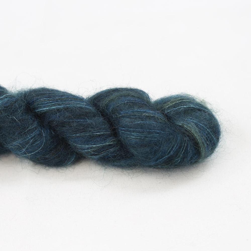 Manos del Uruguay Cabrito 25g hand dyed Ultramarine